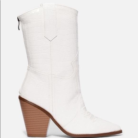 justfab jessie james decker white boots